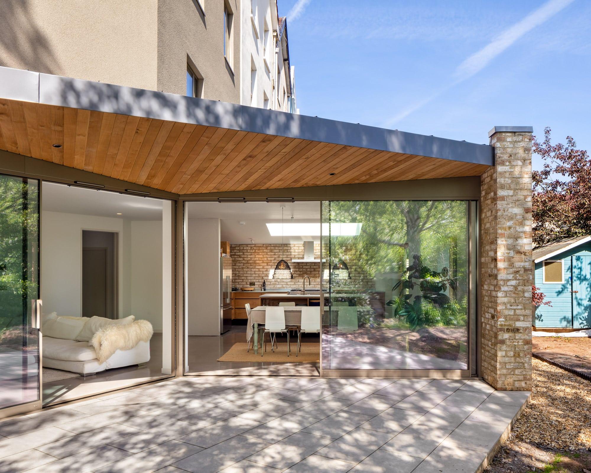 Kitchen patio, House in Redland,